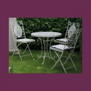 Cream Cafe Folding Chair