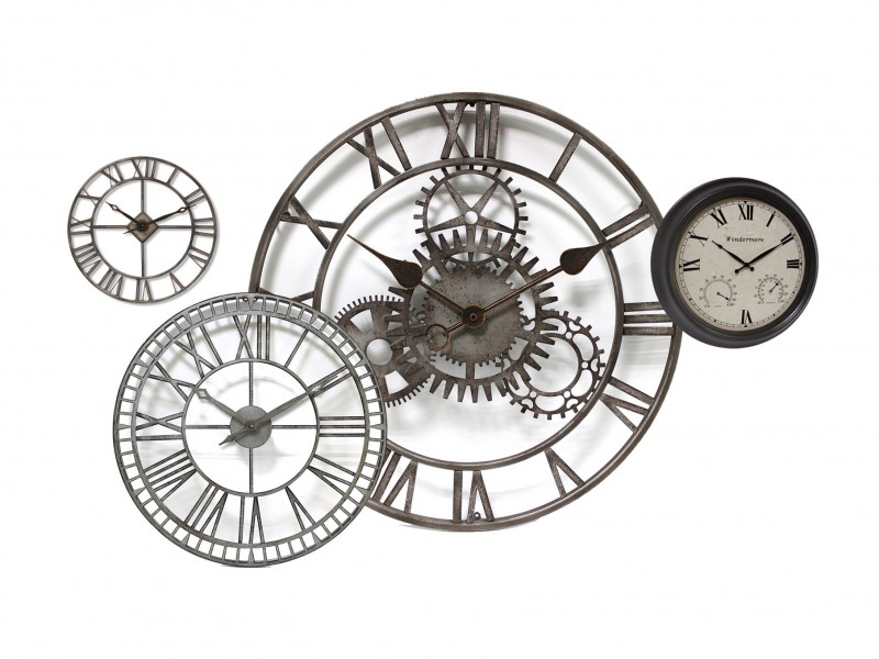 Outdoor Clocks Image